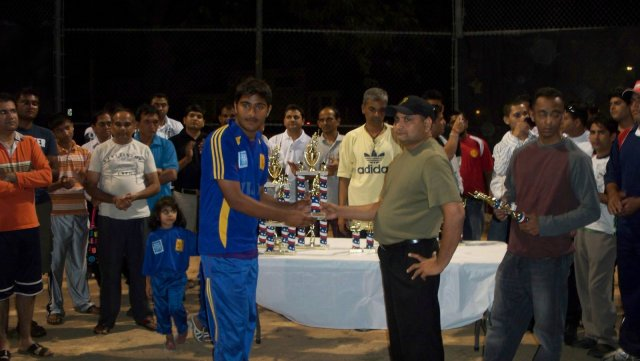 vjiay night cricket final 015