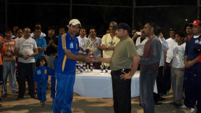 vjiay night cricket final 016